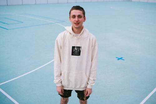Mäsokombinát hoodie vanilla box logo